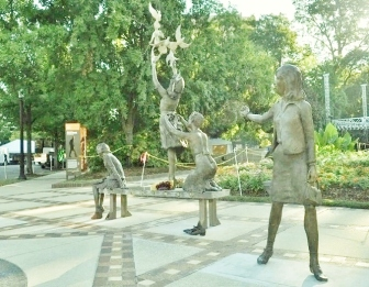 four_spirits_statue_kelly_ingram_park_alabama